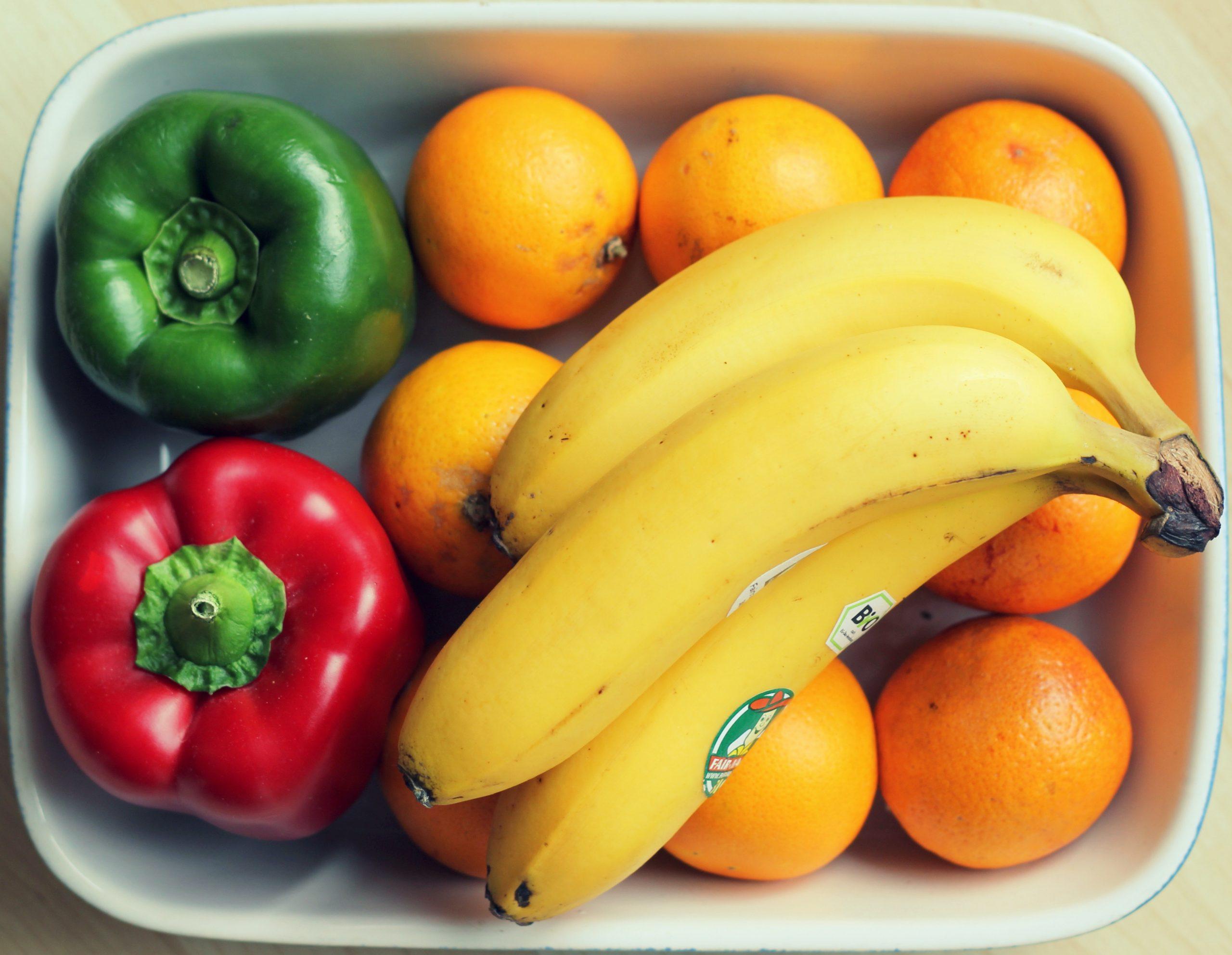 fruits-orange-banana-57556